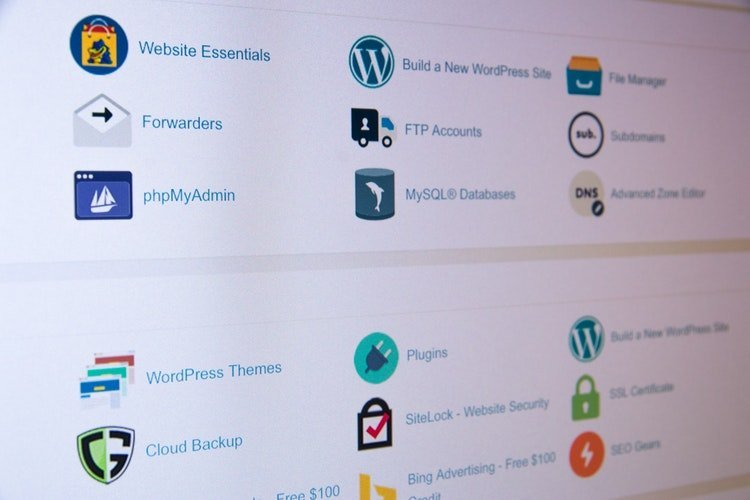 It brings down CPU utilization and enables you to share rich HTML 5 content and applications on the WordPress site with ease.